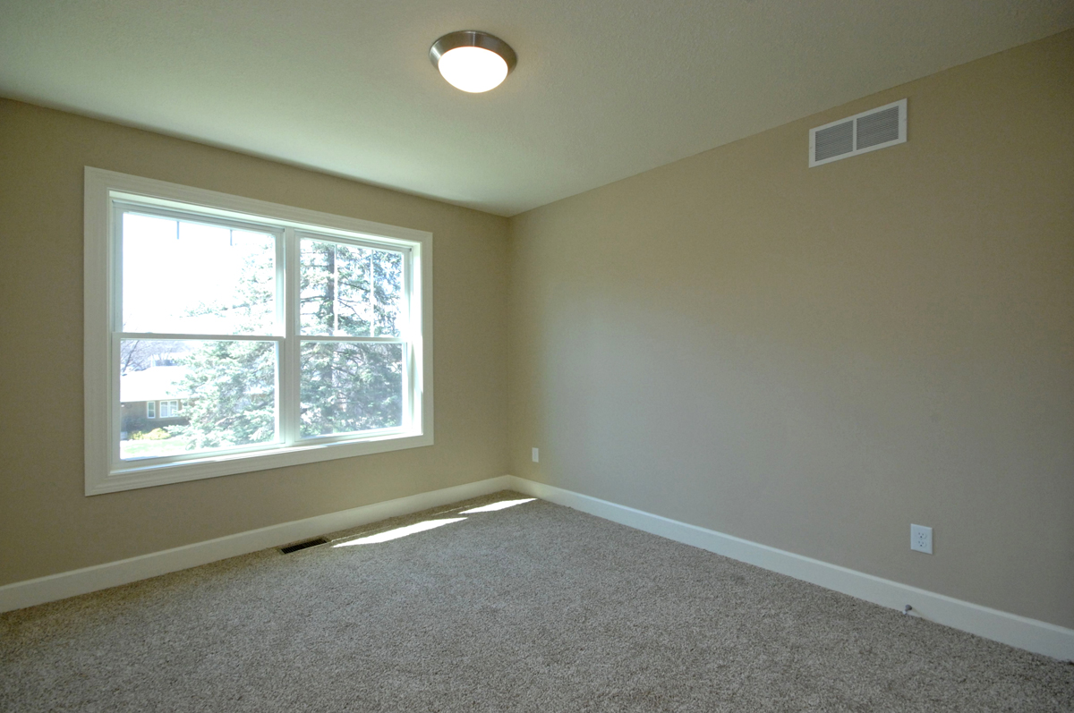 http://concepthomes.com/wp-content/uploads/2016/01/5533_girard_ave_MLS_HID880211_ROOMbedroom2.jpg