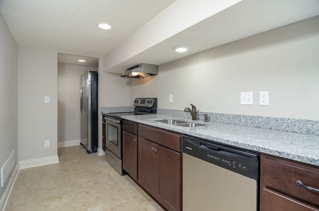 http://concepthomes.com/wp-content/uploads/2016/01/920-Lombard-Ave-37.jpg